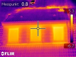Thermografie - Detailaufnahme einer Gaube